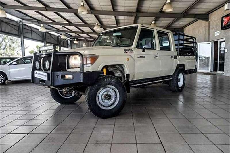Toyota Land Cruiser 70 series 4,5