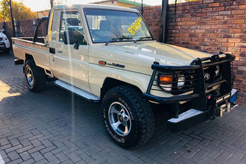 Toyota Land Cruiser 70 series For Sale in South Africa | Junk Mail