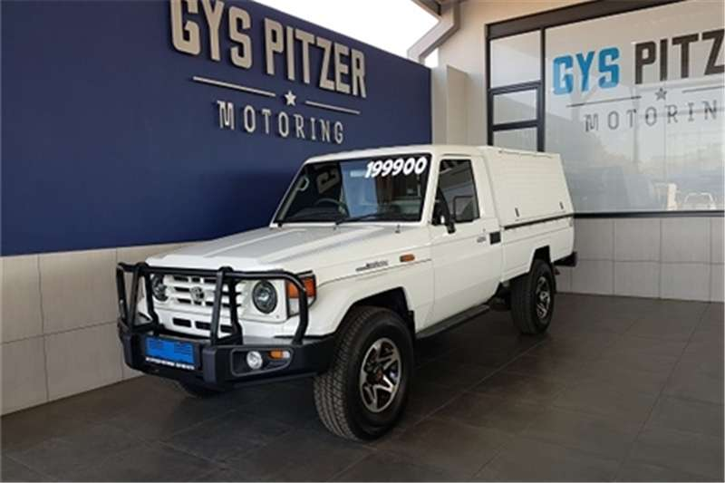 2004 Toyota Land Cruiser 70 series 4,5