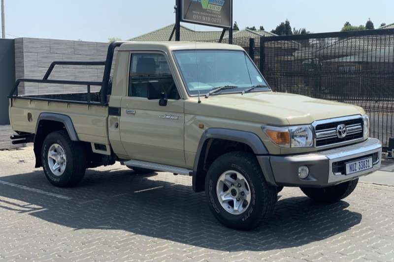 2015 Toyota Land Cruiser 70 series 4.2D
