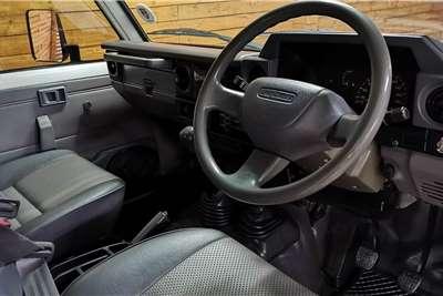 Toyota Land Cruiser 70 series LAND CRUISER 4.5 PETROL P/U S/C 2003