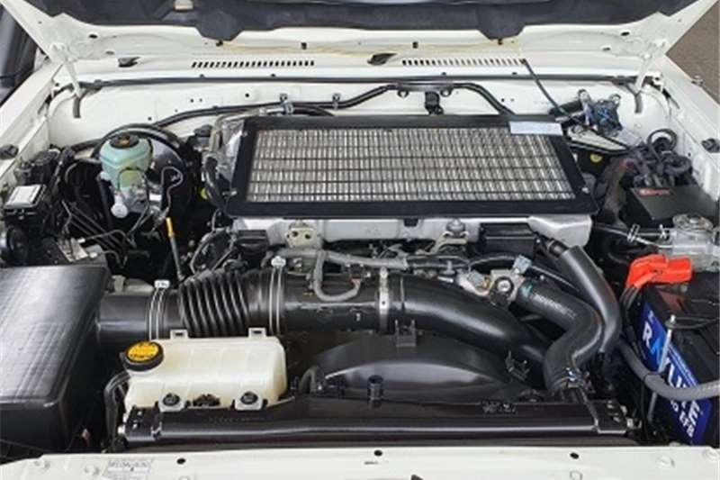 Toyota Land Cruiser 76 4.5D 4D LX V8 station wagon 2016