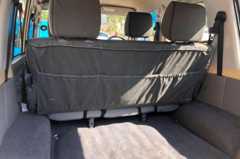 Toyota Land Cruiser 76 4.5D 4D LX V8 station wagon 2017