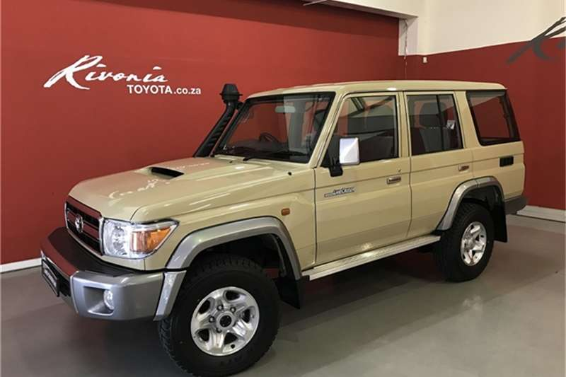 2019 Toyota Land Cruiser 76 4.5D 4D LX V8 station wagon