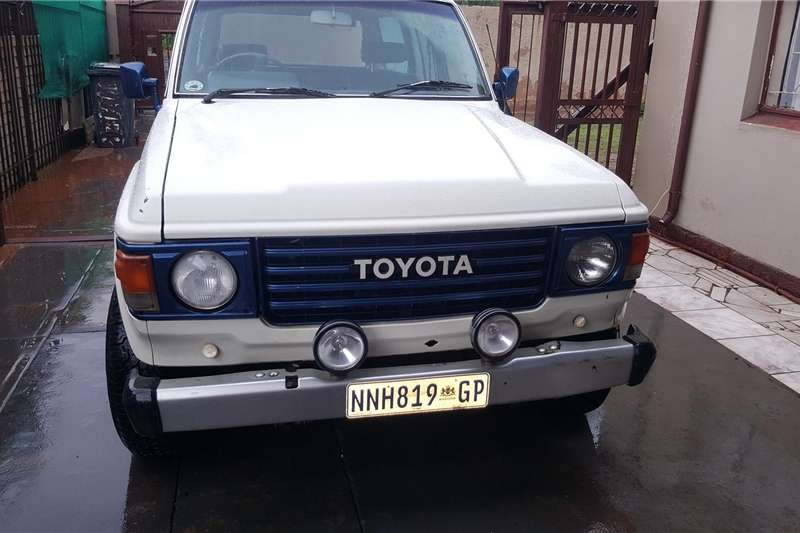 1985 Toyota Land Cruiser 76 station wagon