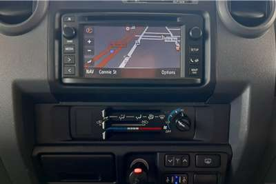 Toyota Land Cruiser 76 Station Wagon LANDCRUISER 76 4.5D V8 S/W 2014