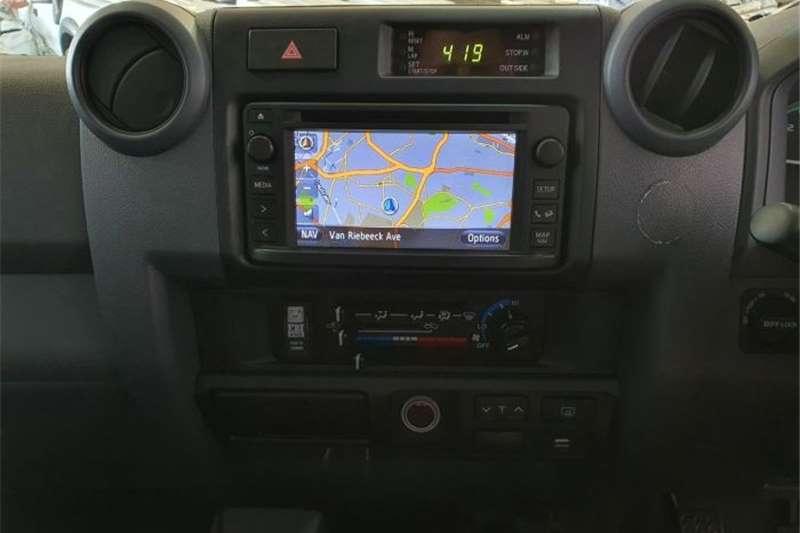 2016 Toyota Land Cruiser 76 station wagon