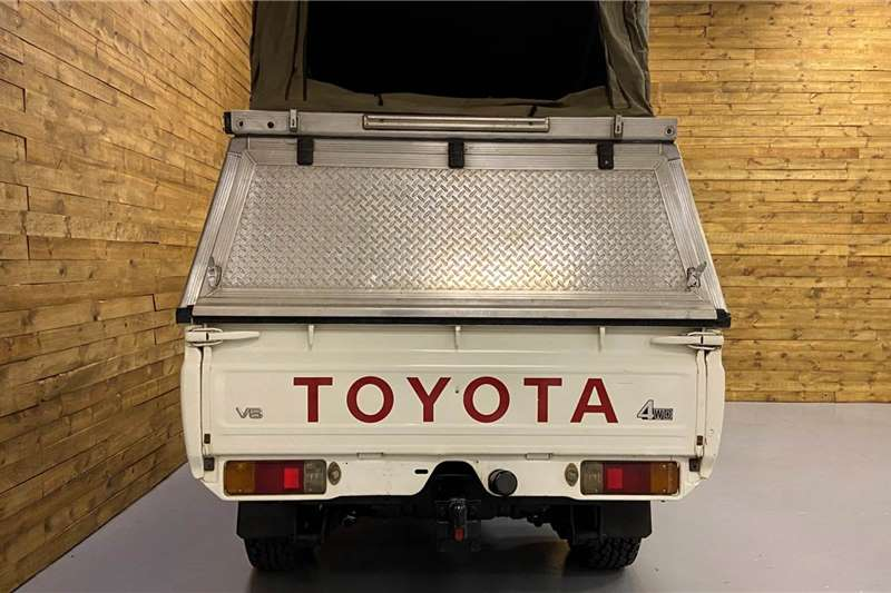 2010 Toyota Land Cruiser 79 Land Cruiser 79 4.0 V6