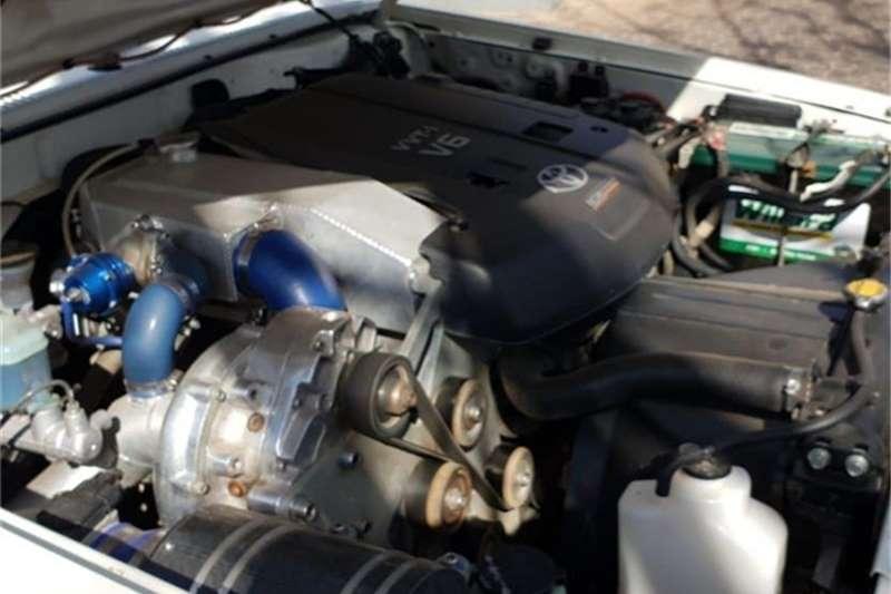 Toyota Land Cruiser 79 4.0 V6 2011