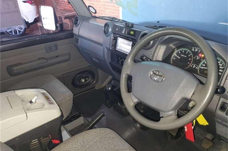 2016 Toyota Land Cruiser 79 Land Cruiser 79 4.0 V6