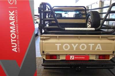 Toyota Land Cruiser 79 4.0 V6 2017
