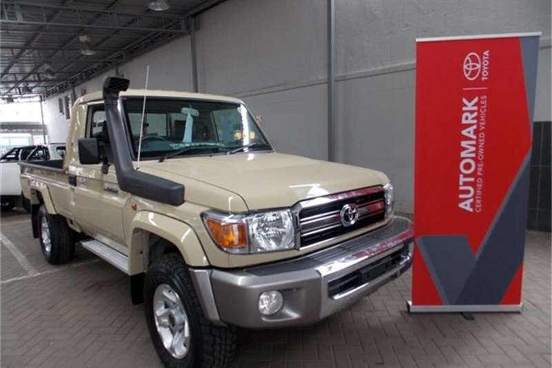 Toyota Land Cruiser 79 4.0 V6 2019
