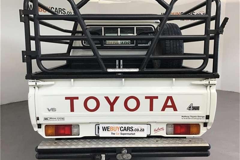 Toyota Land Cruiser 79 4.0 V6 double cab 2013