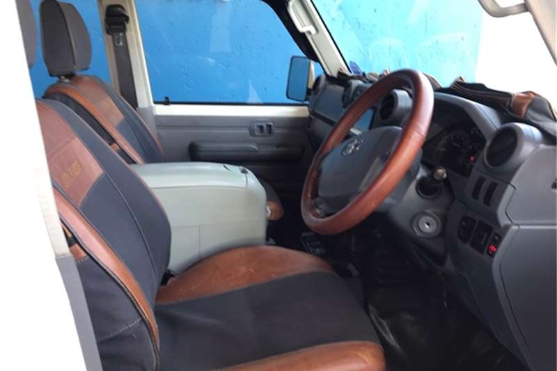 Used 2013 Toyota Land Cruiser 79 4.0 V6 double cab