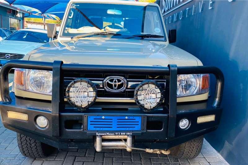 Used 2014 Toyota Land Cruiser 79 4.0 V6 double cab