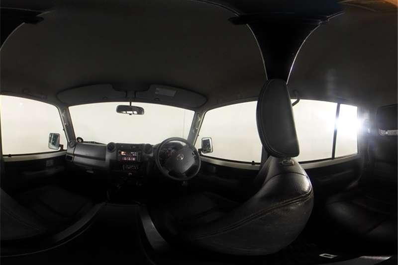 2015 Toyota Land Cruiser 79 Land Cruiser 79 4.0 V6 double cab