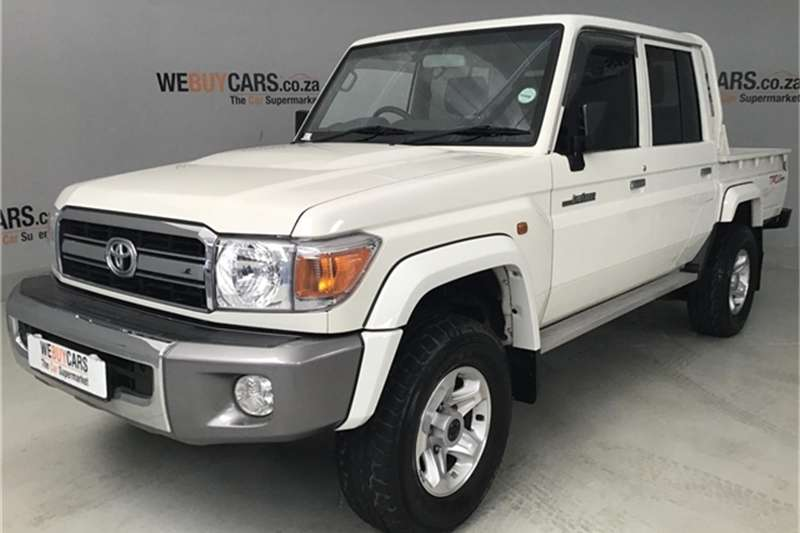 Toyota Land Cruiser 79 4.0 V6 double cab 2017