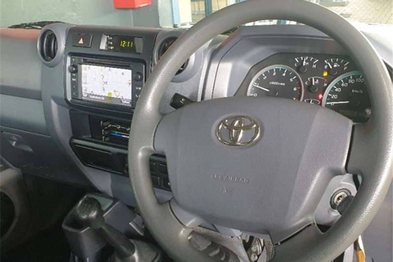 Used 2018 Toyota Land Cruiser 79 4.0 V6 double cab