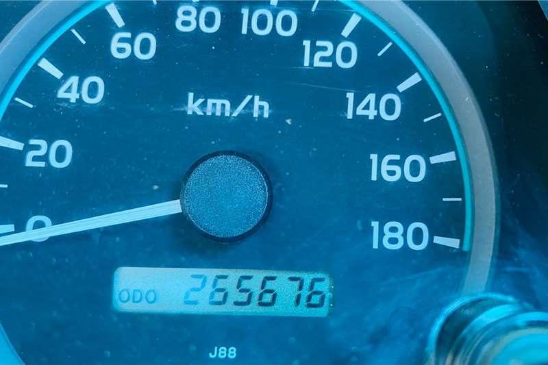 Toyota Land Cruiser 79 4.2D 2010