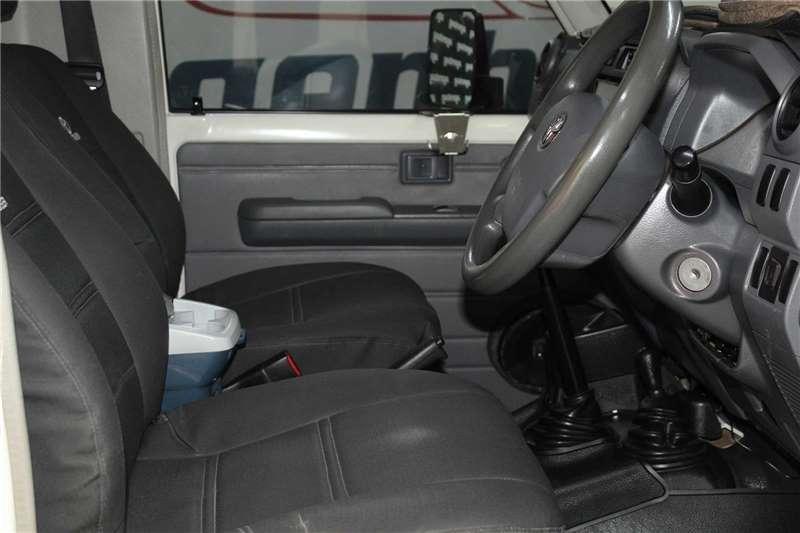2014 Toyota Land Cruiser 79