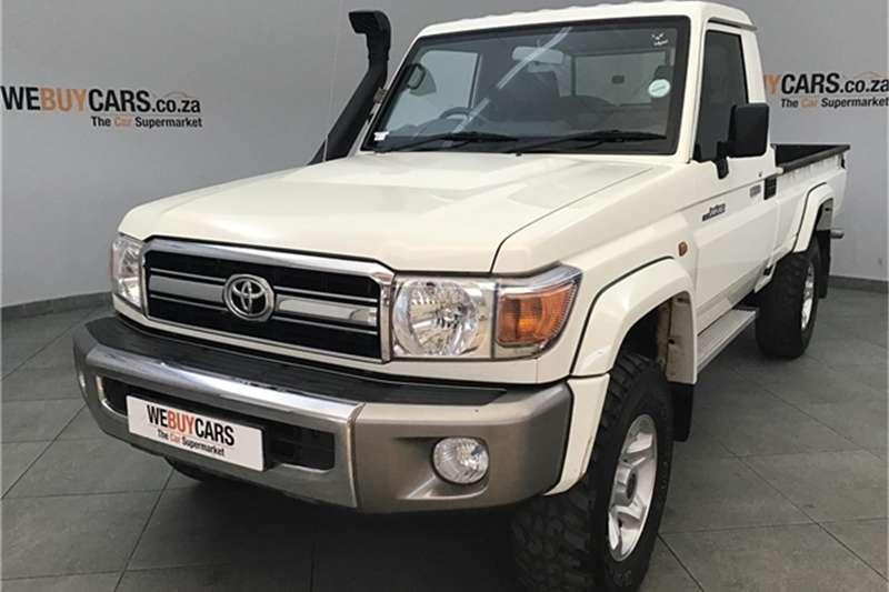 Toyota Land Cruiser 79 4.2D 2016