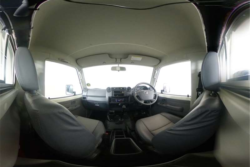 Used 2021 Toyota Land Cruiser 79 4.2D