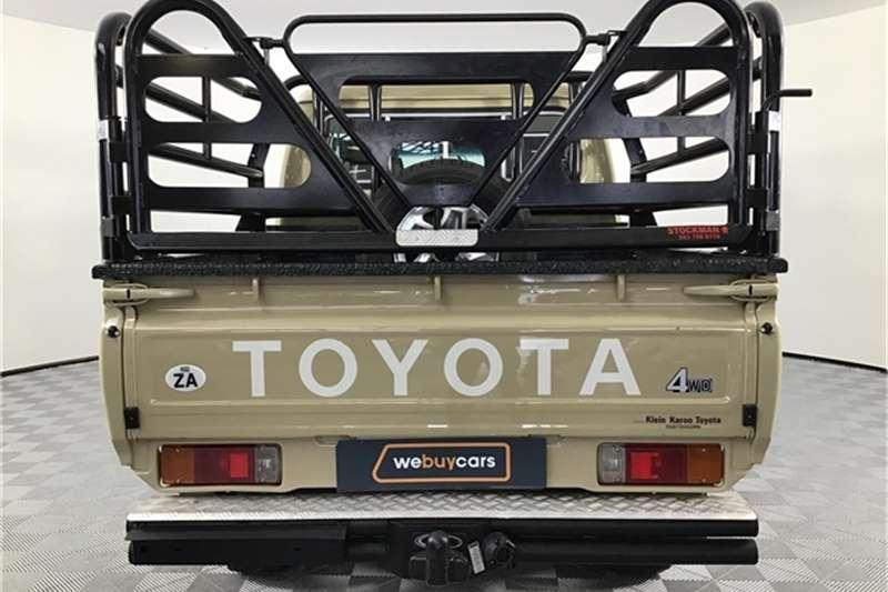 Toyota Land Cruiser 79 4.2D double cab 2017
