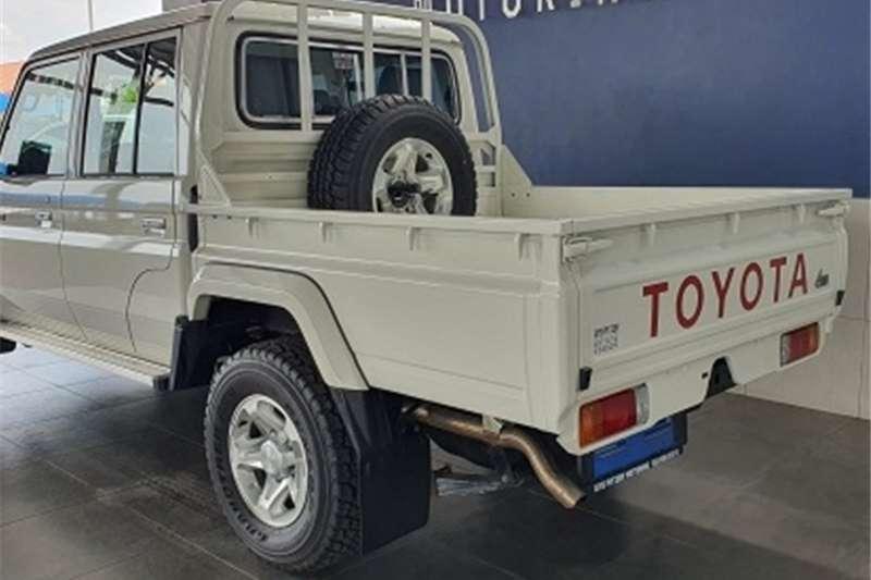 Toyota Land Cruiser 79 4.2D double cab 2021