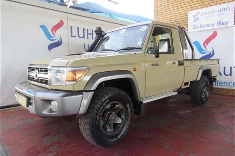 Toyota Land Cruiser 79 4.5D 4D LX V8 2014