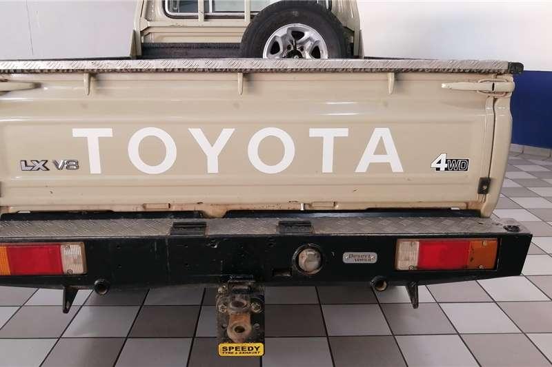 Toyota Land Cruiser 79 4.5D-4D LX V8 2015