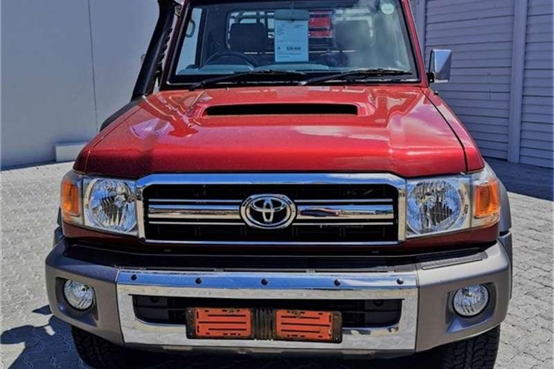 Toyota Land Cruiser 79 4.5D 4D LX V8 2017