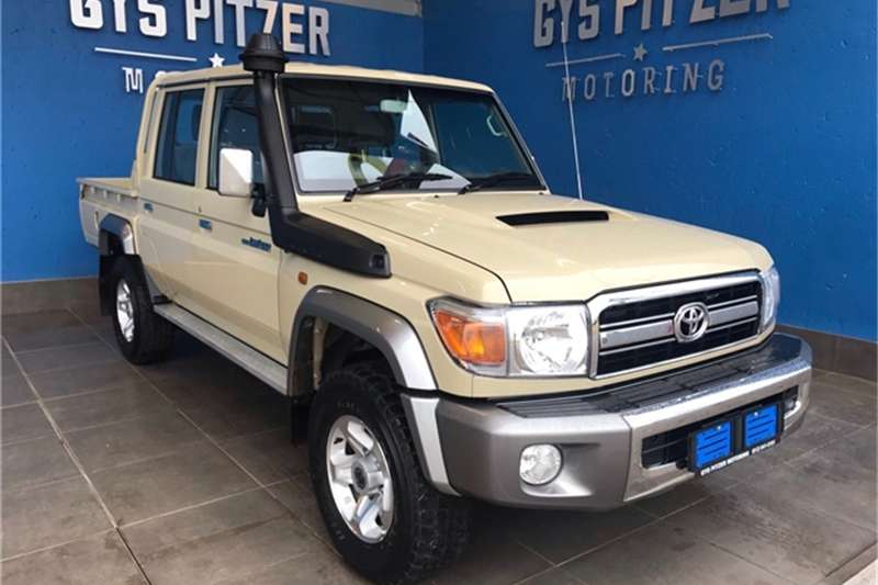Toyota Land Cruiser 79 4.5D 4D LX V8 double cab 2019