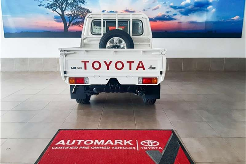 Toyota Land Cruiser 79 4.5D-4D LX V8 double cab 2021