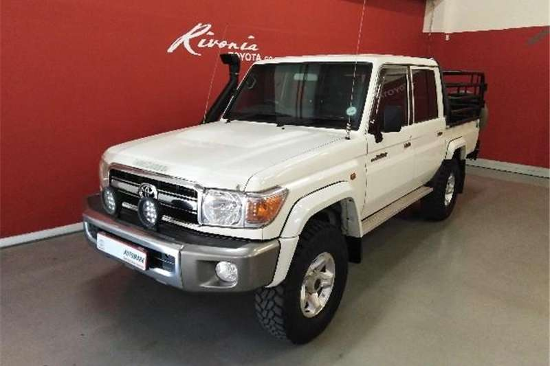2015 Toyota Land Cruiser 79 4.2D double cab