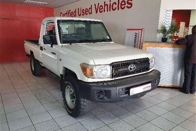 2012 Toyota Land Cruiser 79 4.0 V6