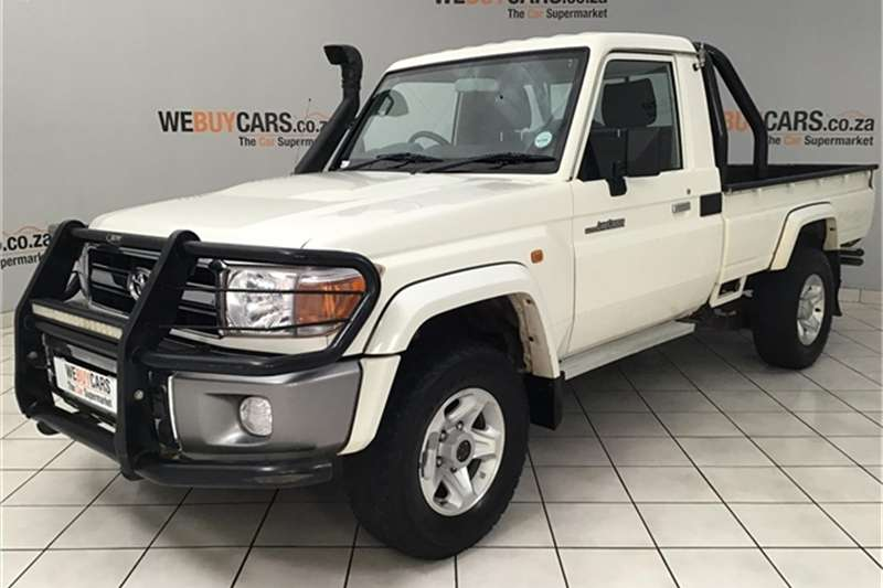 2013 Toyota Land Cruiser 79 4.0 V6