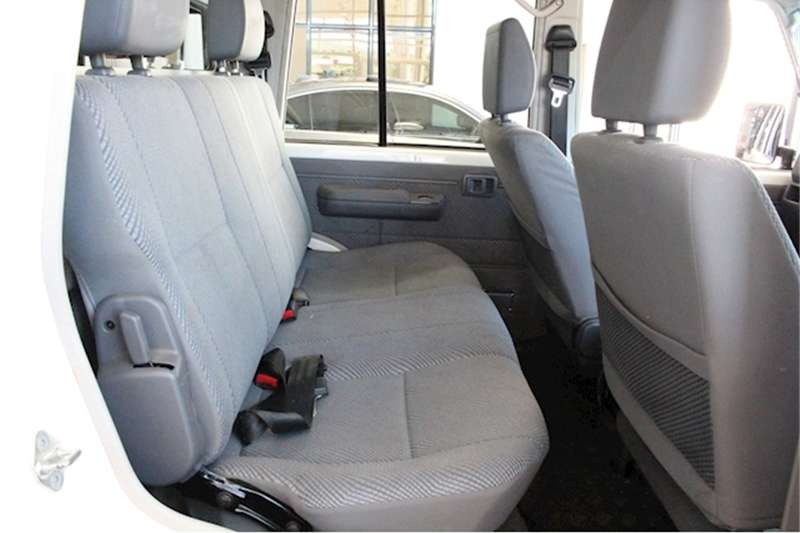 2016 Toyota Land Cruiser 79 4.5D 4D LX V8 double cab