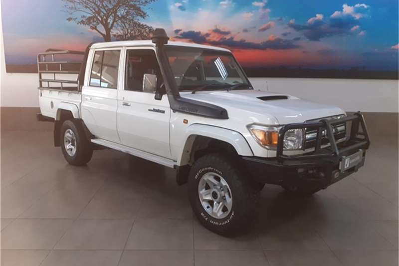 2017 Toyota Land Cruiser 79 4.5D 4D LX V8 double cab