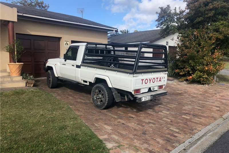 Toyota Land Cruiser 79 Single Cab LAND CRUISER 79 4.0P P/U S/C 2011