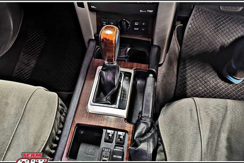 2010 Toyota Land Cruiser Prado PRADO VX L 4.0 V6 A/T
