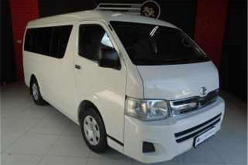 Toyota Quantum 2.5D-4D GL 10-seater bus 2013