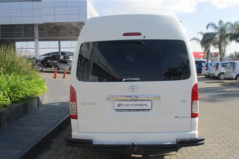Used 2016 Toyota Quantum 2.5D 4D GL 14 seater bus