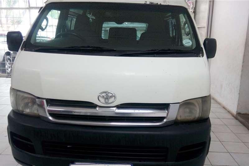 Toyota Quantum 2.5D 4D LWB panel van 2009