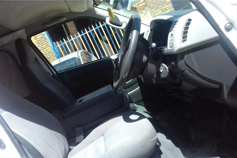 Toyota Quantum 2.5D 4D panel van 2012