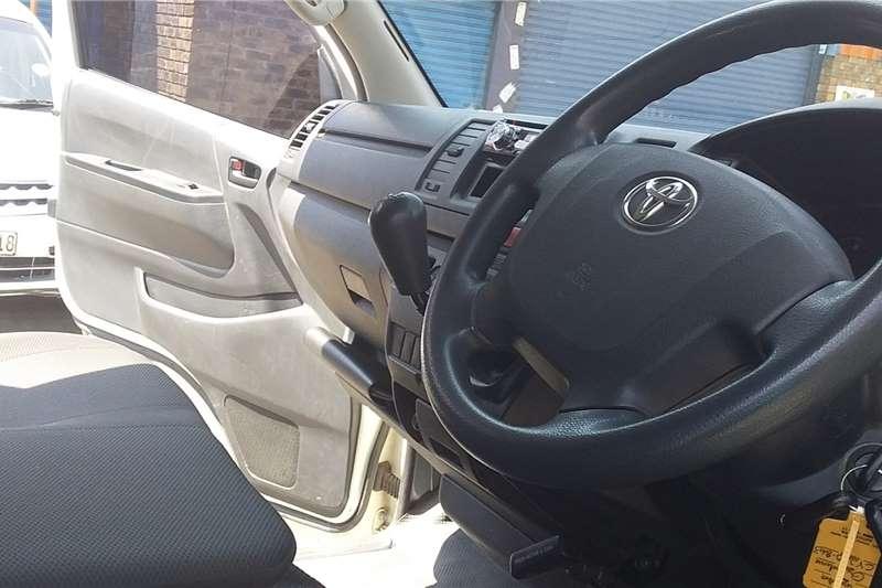 Toyota Quantum 2.5D 4D panel van 2015