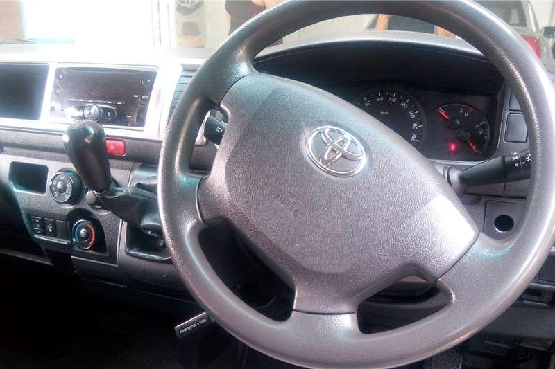 2017 Toyota Quantum Quantum 2.5D-4D panel van