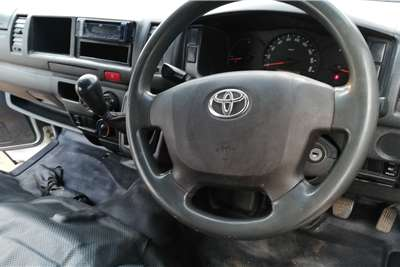 Toyota Quantum 2.5D 4D Ses fikile 2016