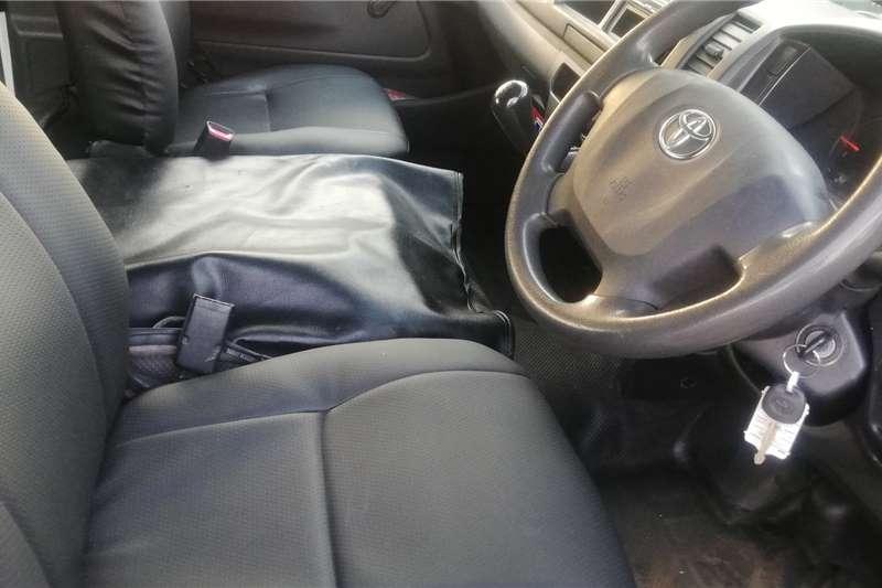 Toyota Quantum 2.5D 4D Ses fikile 2017