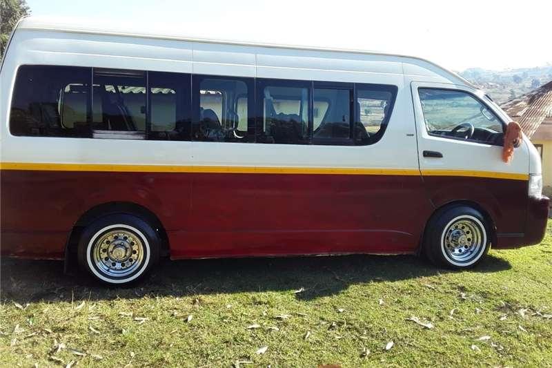 Toyota Quantum 2.7 GL 14 seater bus 2006