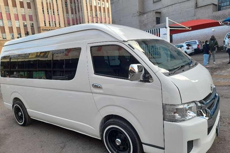 Used 2006 Toyota Quantum 2.7 GL 14 seater bus